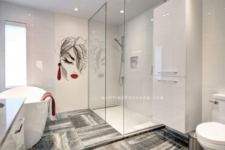 salle de bain moderne_douche en verre_murale sur mesure