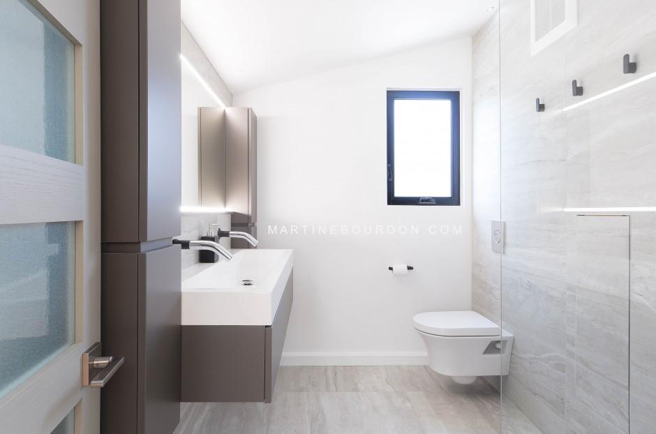 Martine Bourdon décoratrice salle de bain moderne