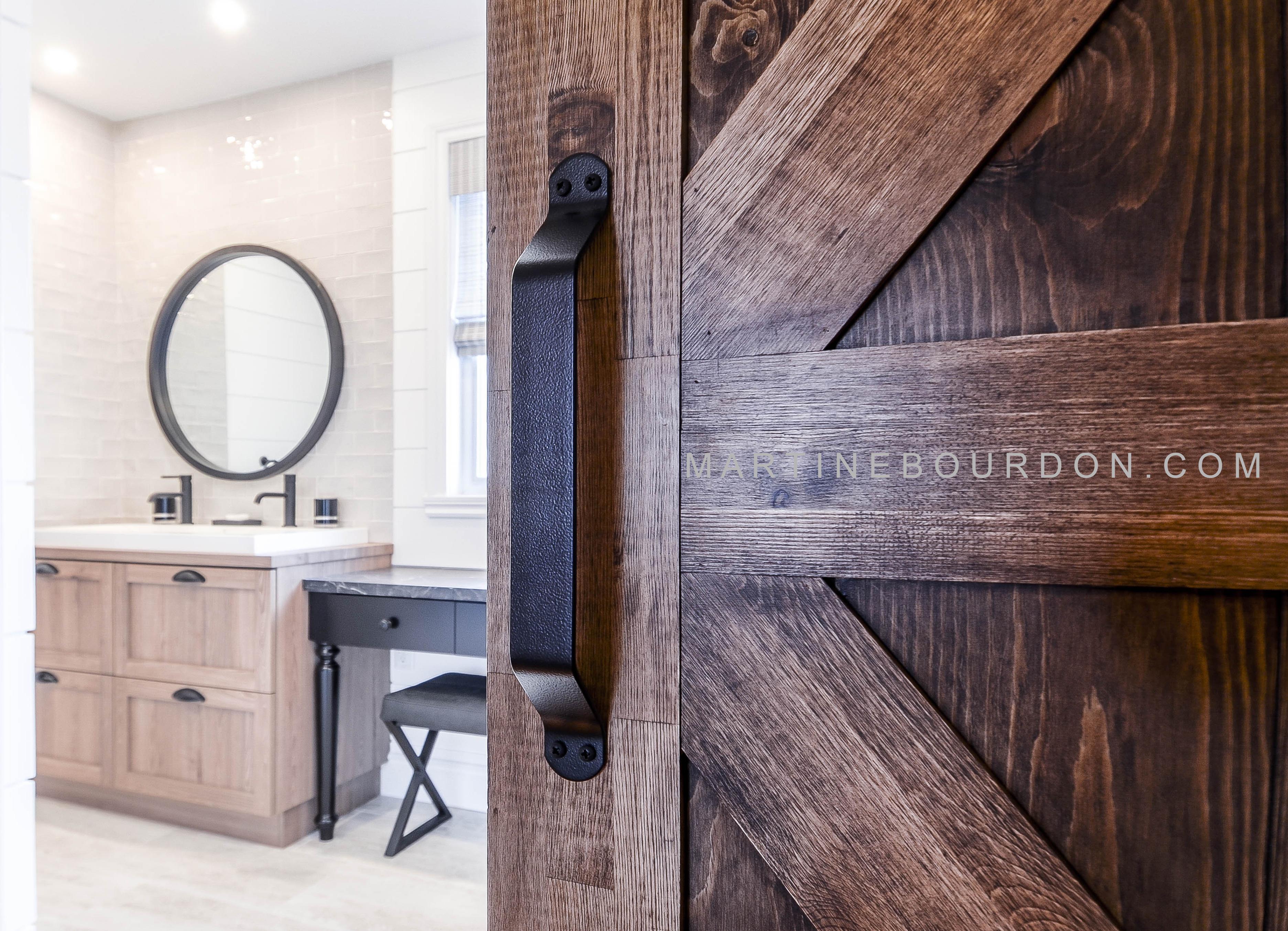 Comment Habiller Un Mur De Salle De Bain salle de bain rustique moderne -martine bourdonmartine